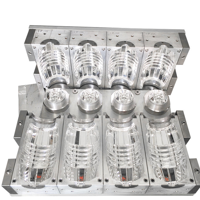 How to determine the size of injection mold forming parts