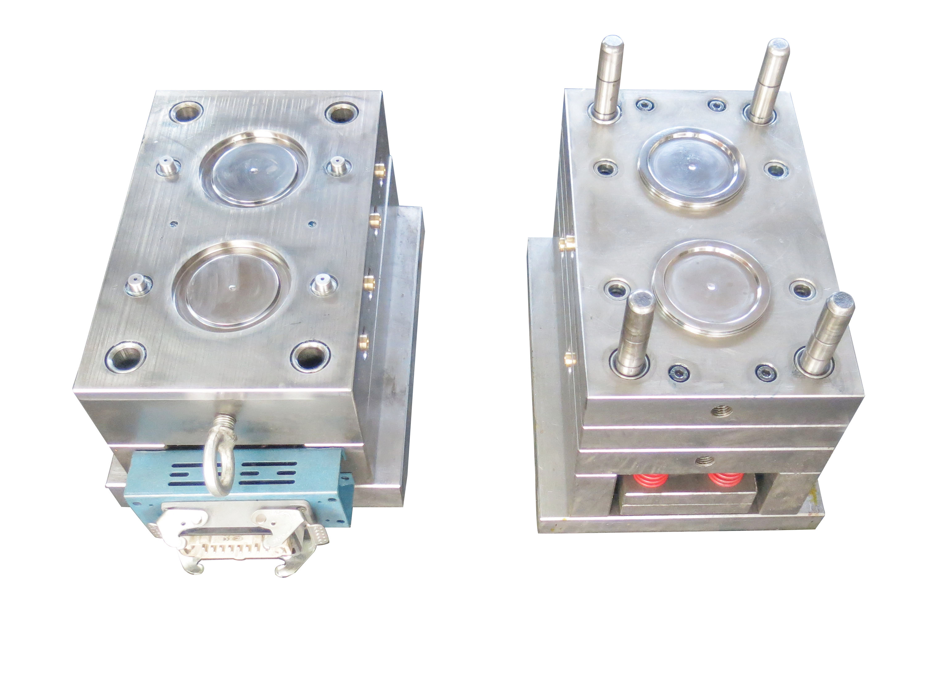 High-temperature plastic injection molding of medical equipment part