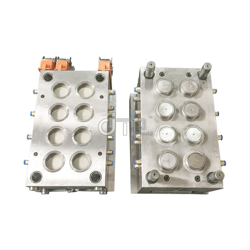 What are the main methods of plastic molding